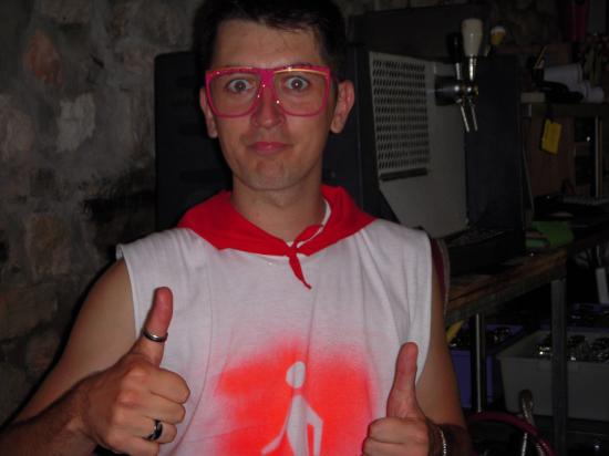 DJ Hugh'